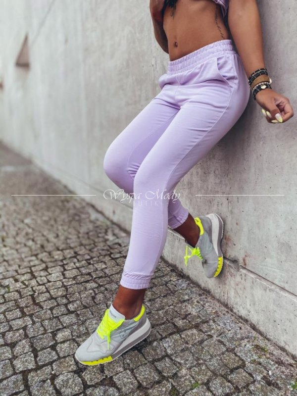 Spodnie dresowe liliowe