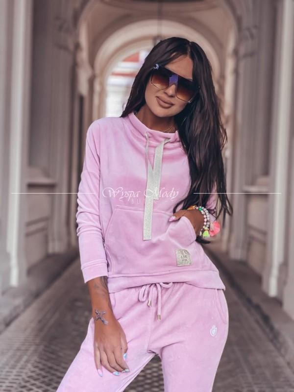 Welurowa bluza Pink kangurek