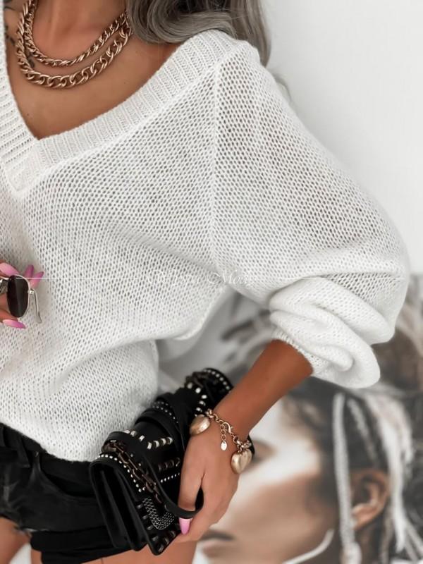 Sweter white v neck