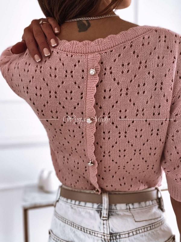 Sweterek z guzikami magnes