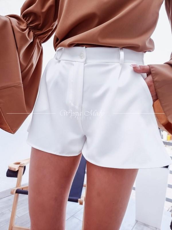 Spodenki białe eleganckie
