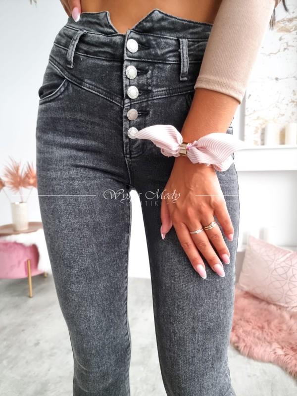 Jeansy wysoki stan guziki