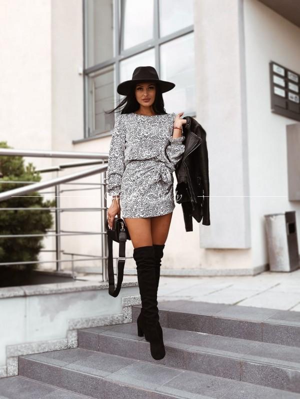 Sukienka black & white venus