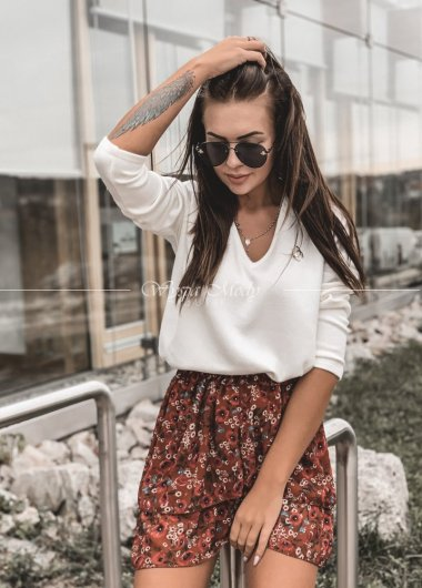 sweterek chanel white