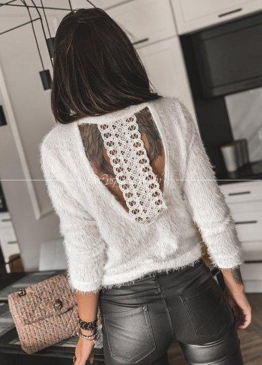 sweterek wlochaty white