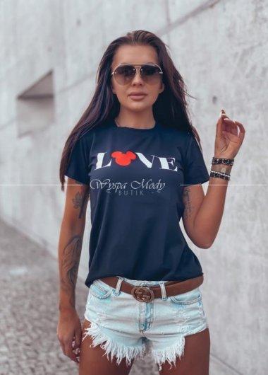 T shirt love black