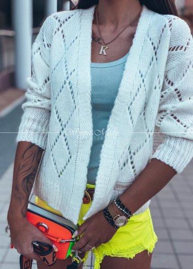 Sweterek medium white ażurek