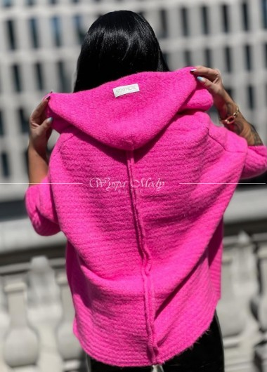 Sweterek włoska przędza neon pink