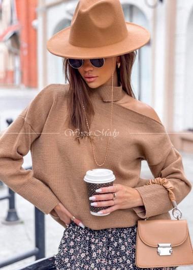Sweterek hoker camel