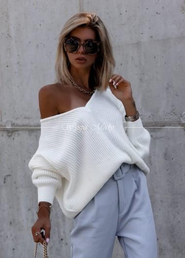 Sweterek oversize ecry Malaga